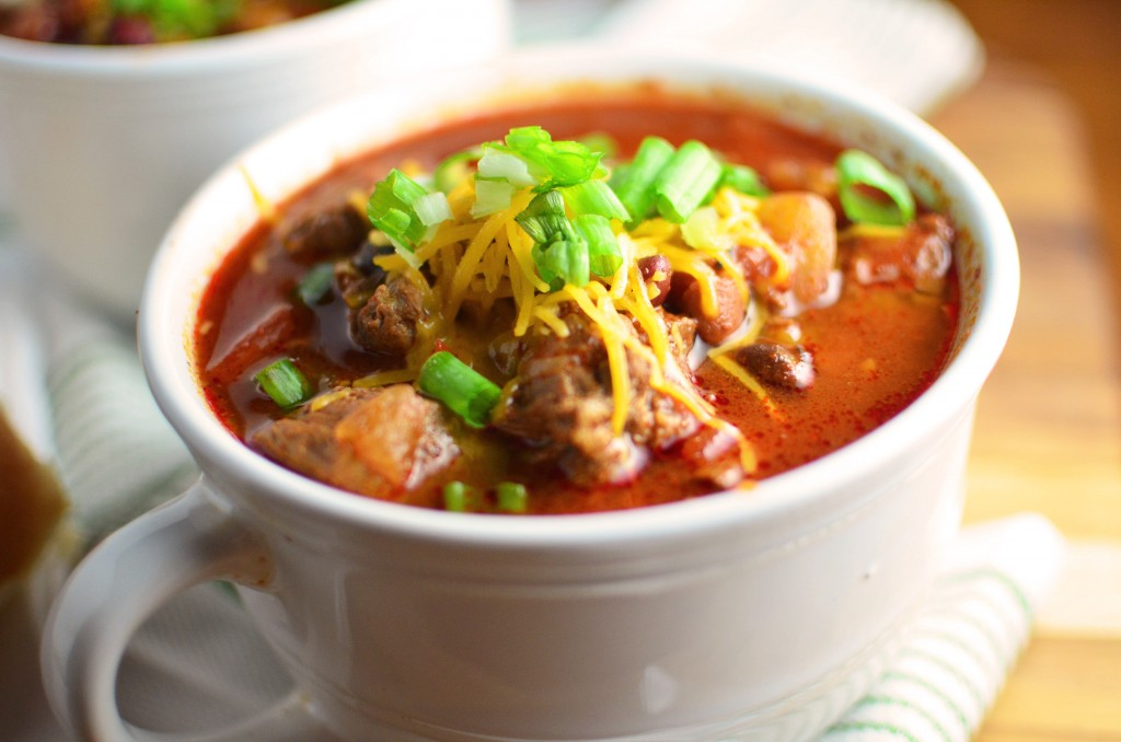 Slow Cooker Beef Chili wide close