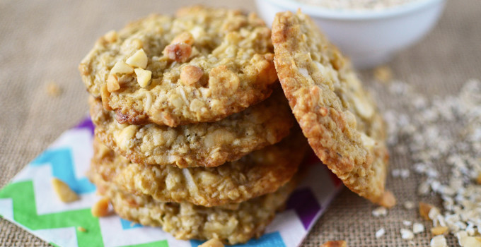 Oatmeal Coconut Vanilla Chip Cookies