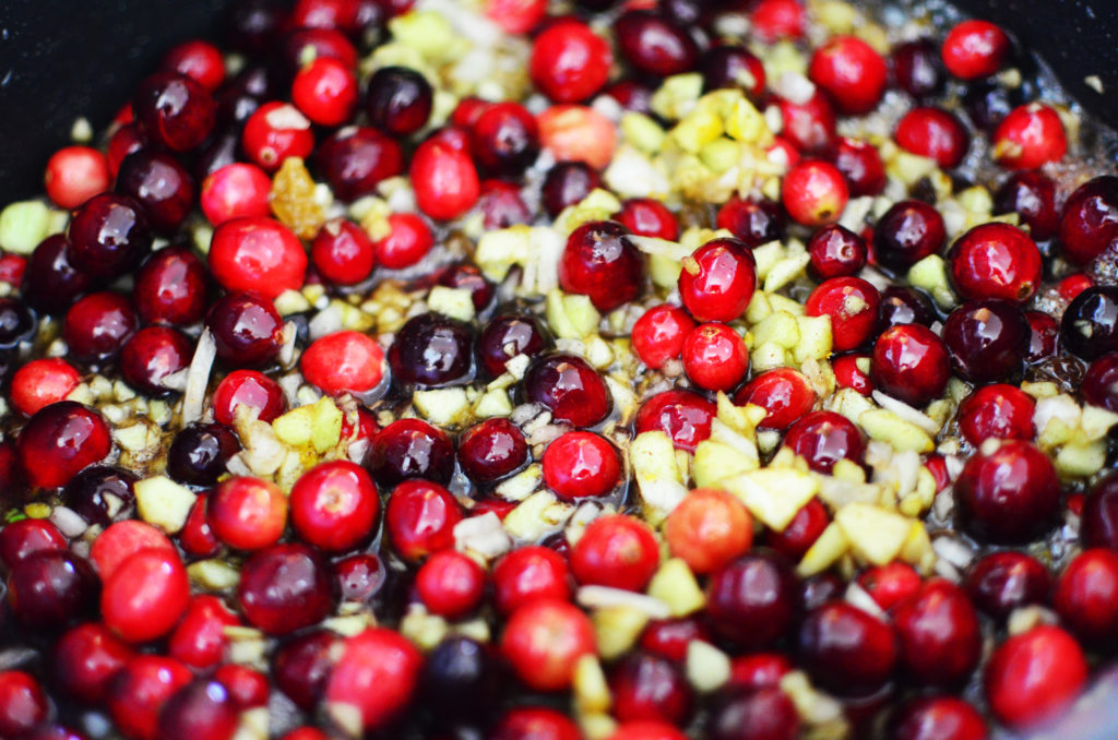 cranberry-chutney-cooking