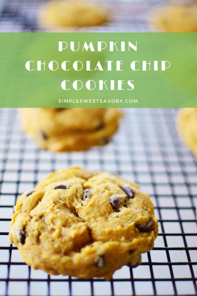 pumpkin-chocolate-chip-cookies-pinterest